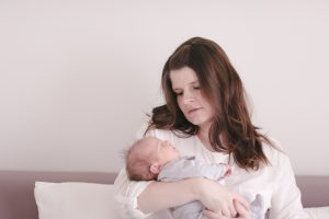 01-Babybilder-Fotograf-Augsburg-Petsy-Fink_jann
