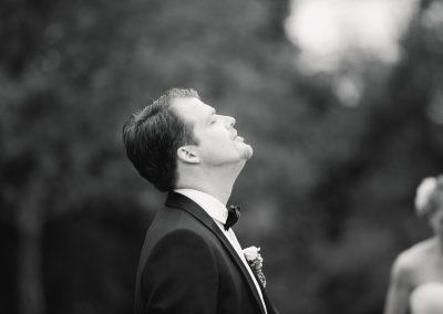 schwarz weiß Portrait Bräutigam