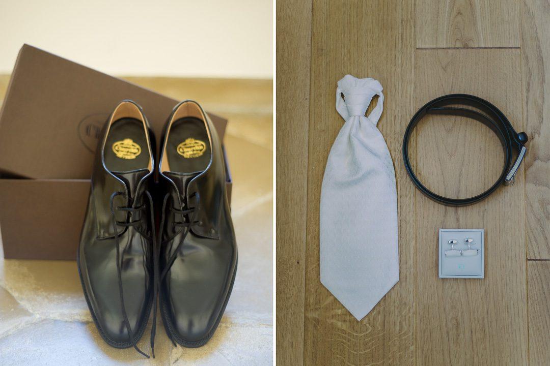 Krawatte und Gürtel und Schuhe und Manschettenknöpfe bei Hochzeit