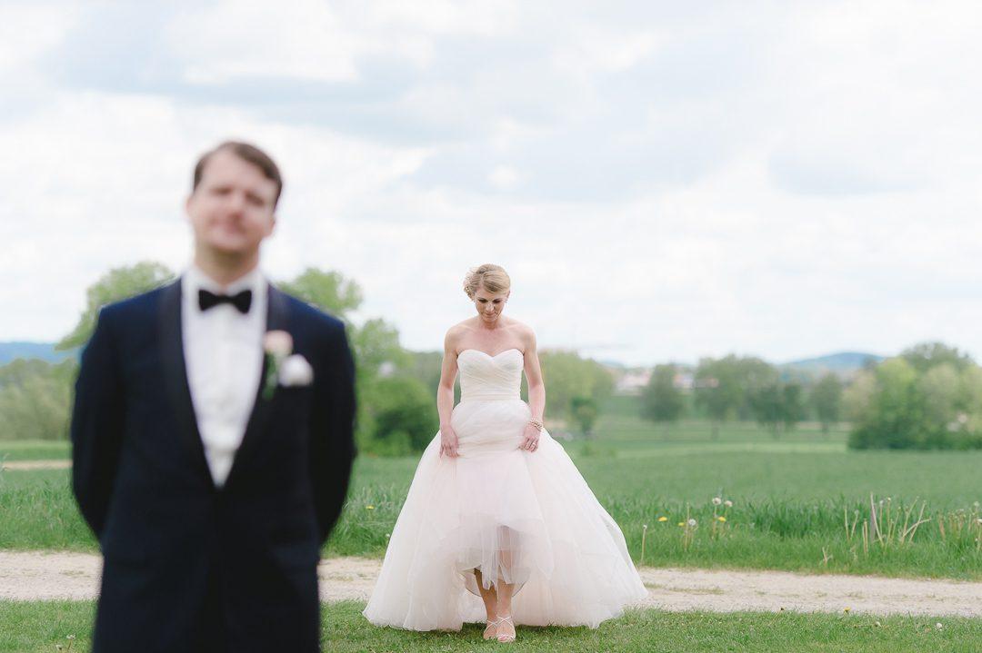 Hochzeitsfotograf Petsy Fink fotografiert First Look