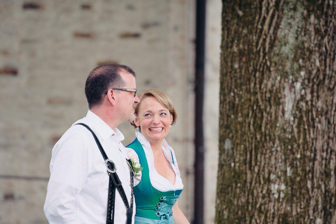 Brautpaar Hochzeitsfotos in Tracht