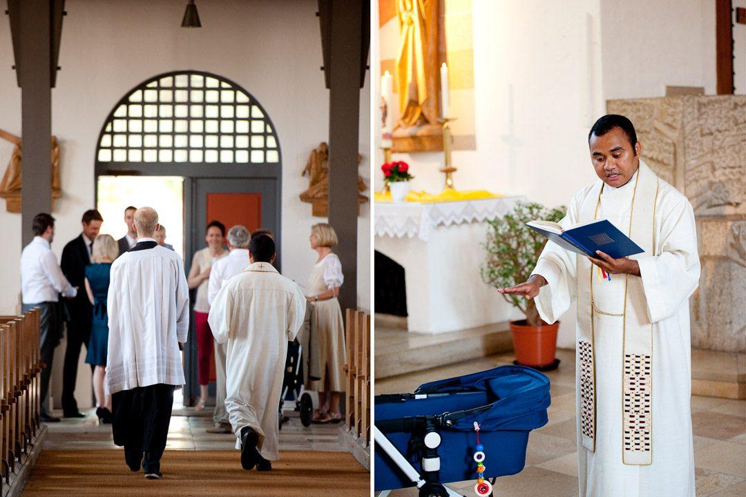 Taufe in Augsburg fotografiert von Familienfotograf Petsy Fink