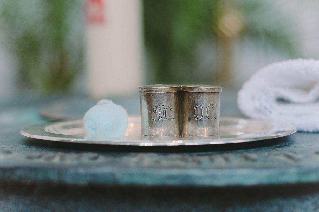 Kirchliche Gegenstände zur Taufe