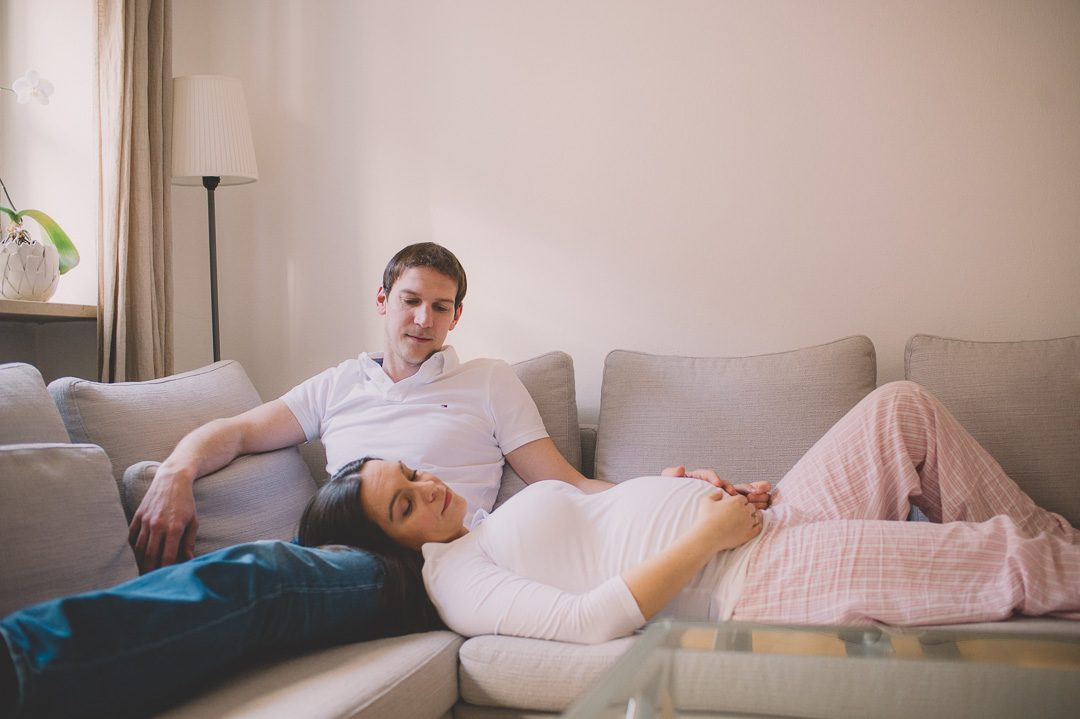 Homestory Babybauch Fotoshooting mit Petsy Fink