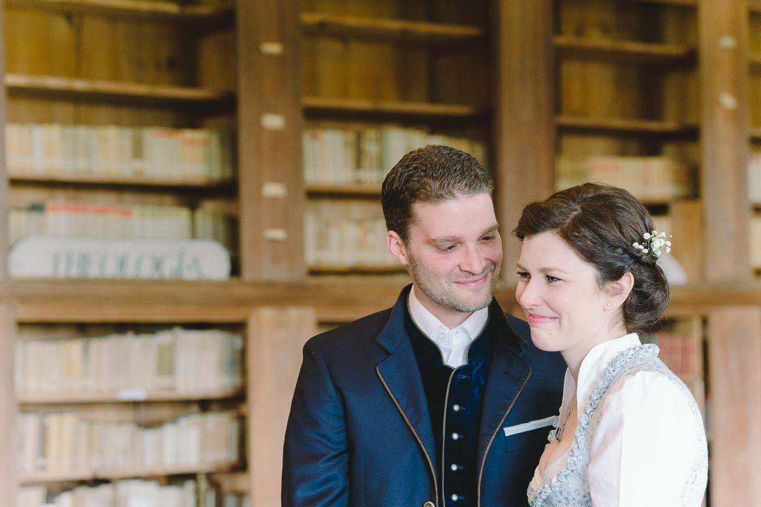 Brautpaar in der Klosterbibliothek Holzen