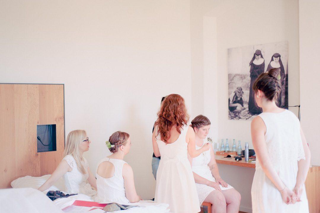 Brautjungfern beim Getting Ready
