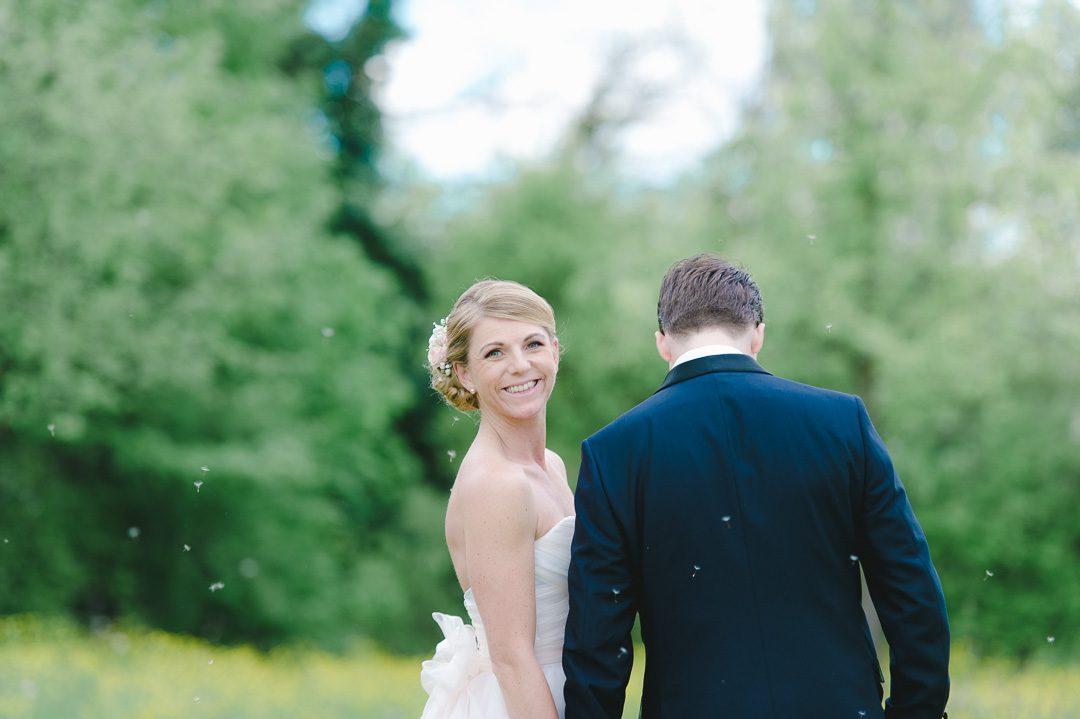 Natürliche Paarportraits bei Hochzeit von Fotograf Petsy Fink