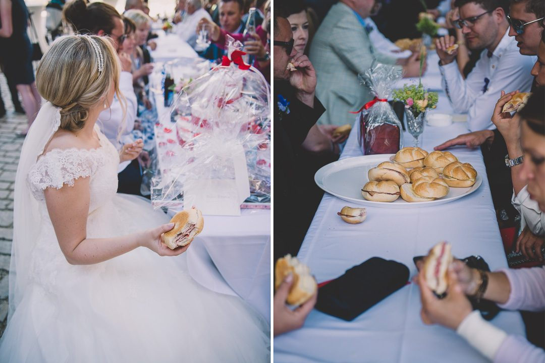 Wurstsemmel bei Hochzeit