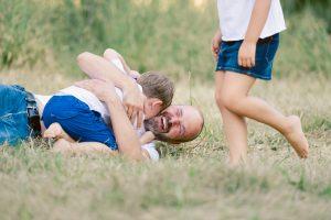 Action Familienfotos draußen Königsbrunn