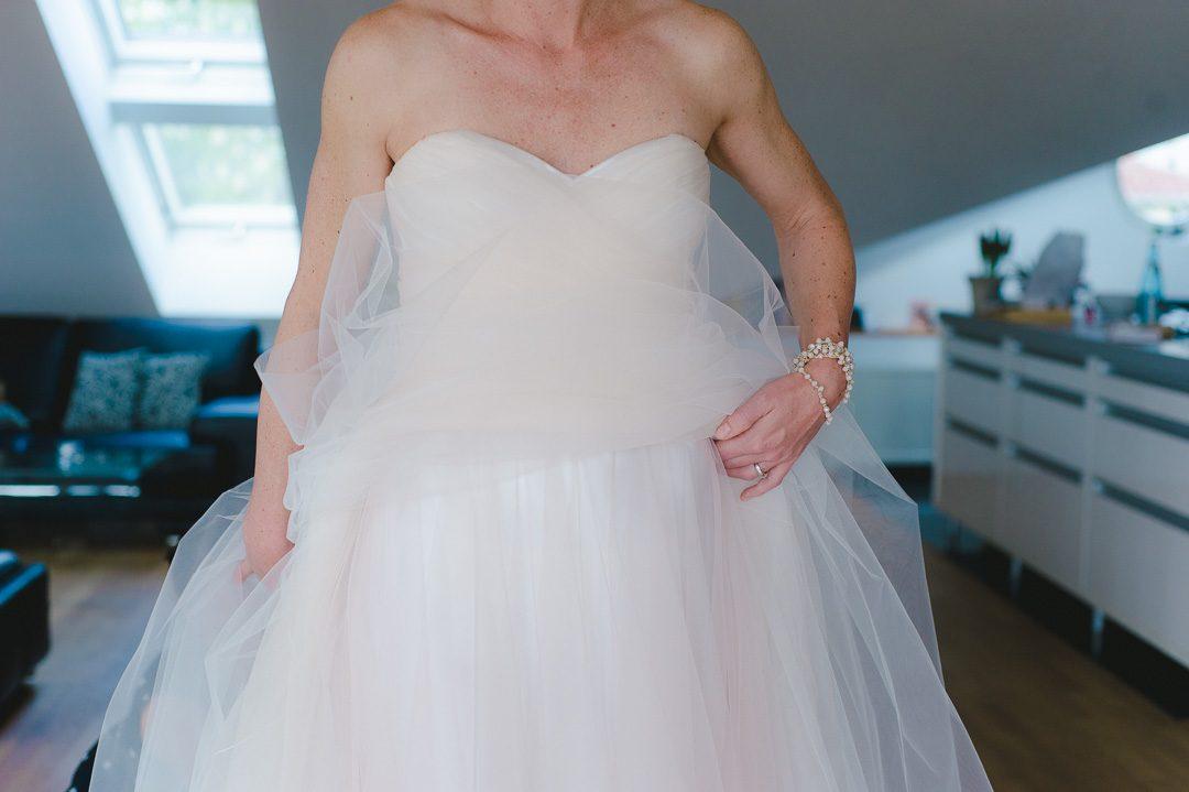 Opulentes Hochzeitskleid in weiß