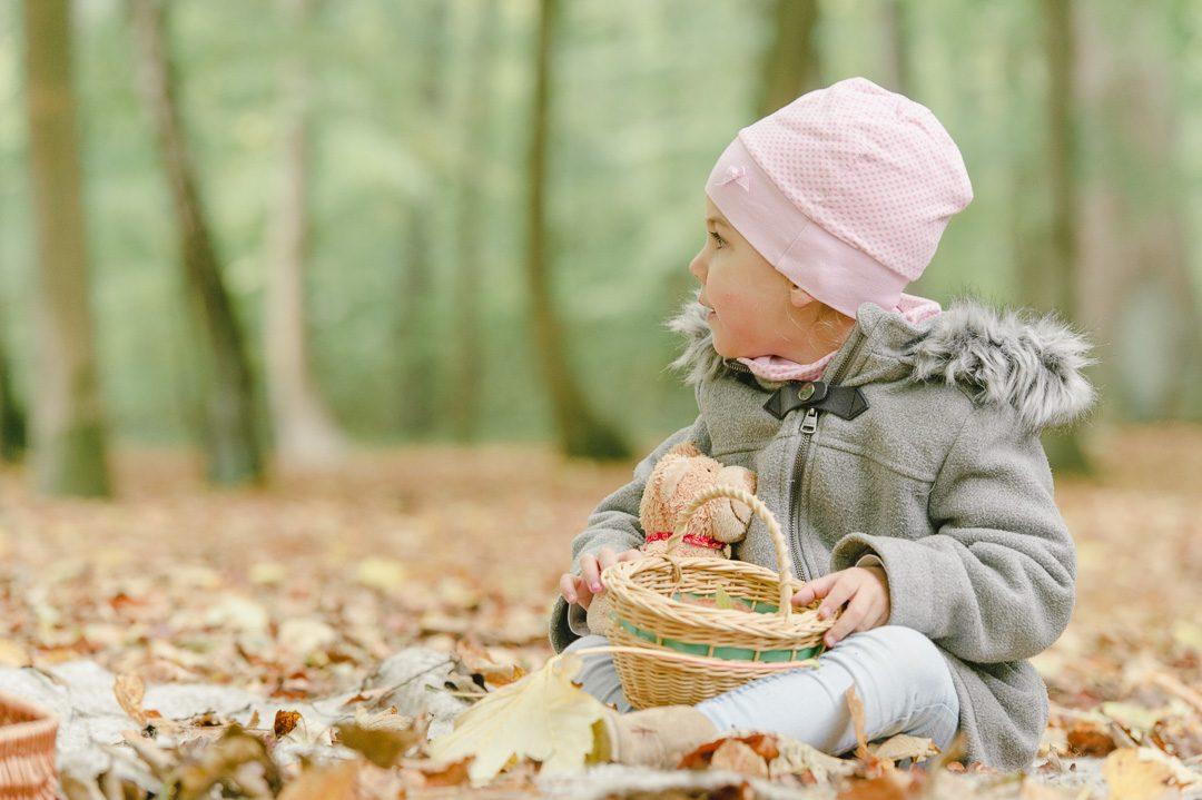 Kinderbilder im Herbst