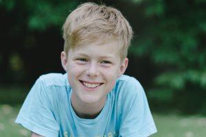 12 Jähriger bei Fotoshooting
