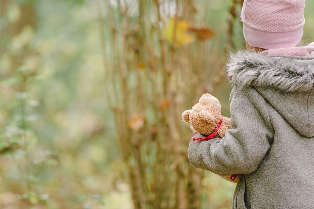 Teddybar für kleines Mädchen