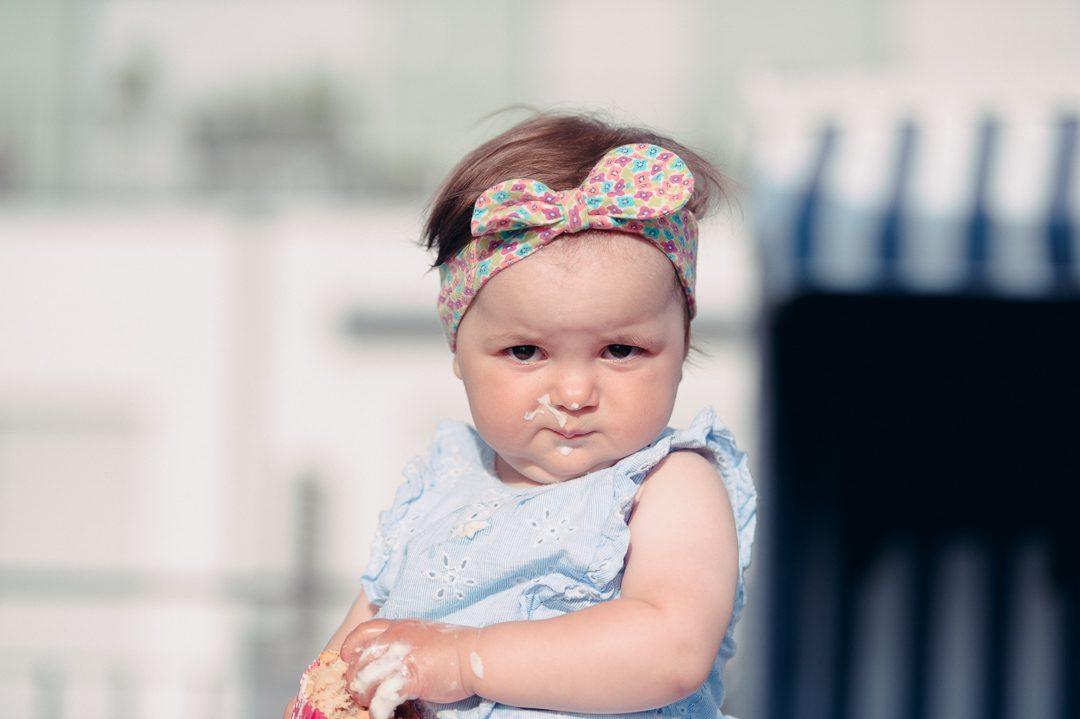 Einjährige bei KIndergeburtstag