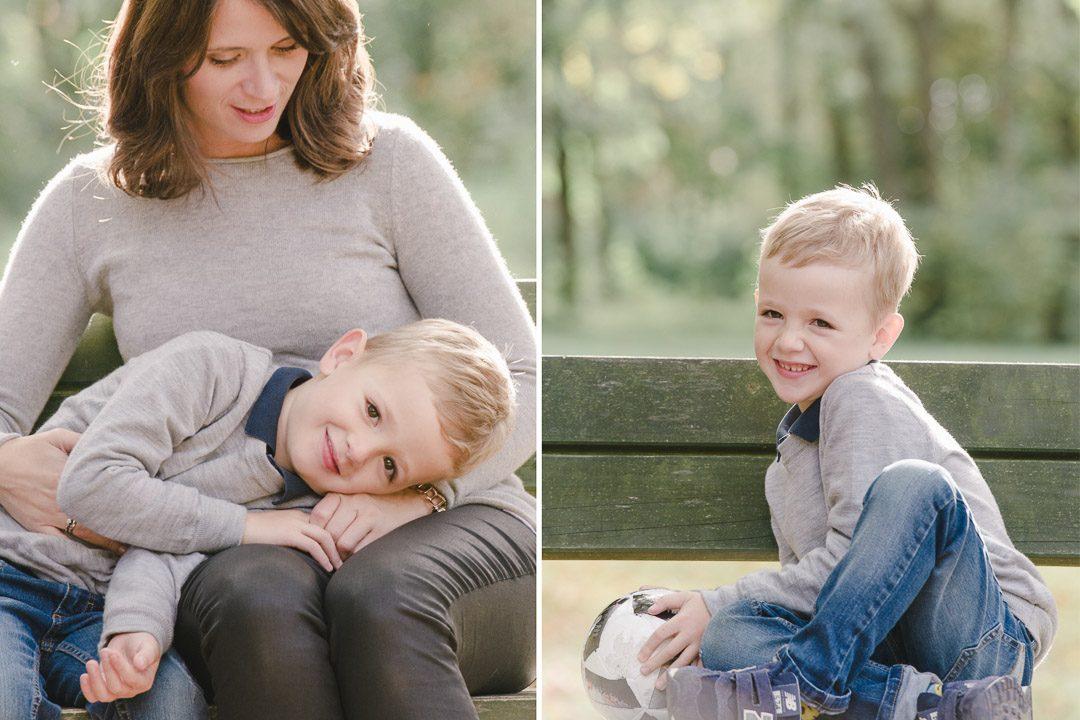 Mutter kuschelt mit Sohn
