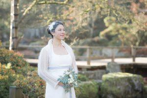 Brautkleid mit Strick Bolero bei Winterhochzeit