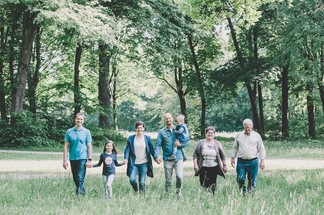 Foto von Großfamilie Mehrgenerarationen