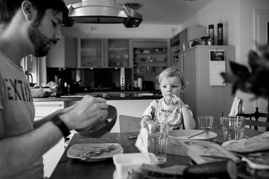 Kinderfotograf Petsy Fink bei Familienbildern in Augsburg