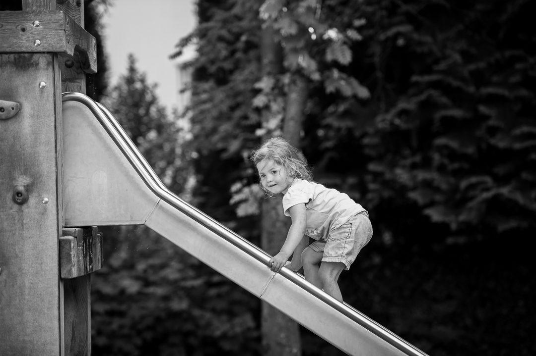 Spielplatz Fotos mit Familie und Kind