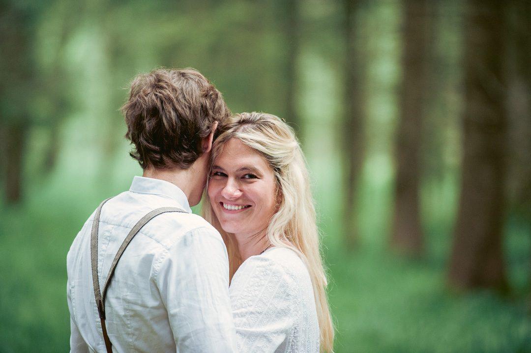 Outdoor Familienfotos im Wald