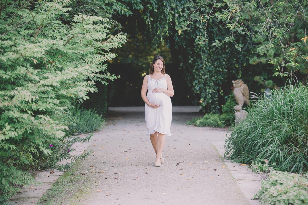 Bester Fotograf für Babybauchfotos in Augsburg
