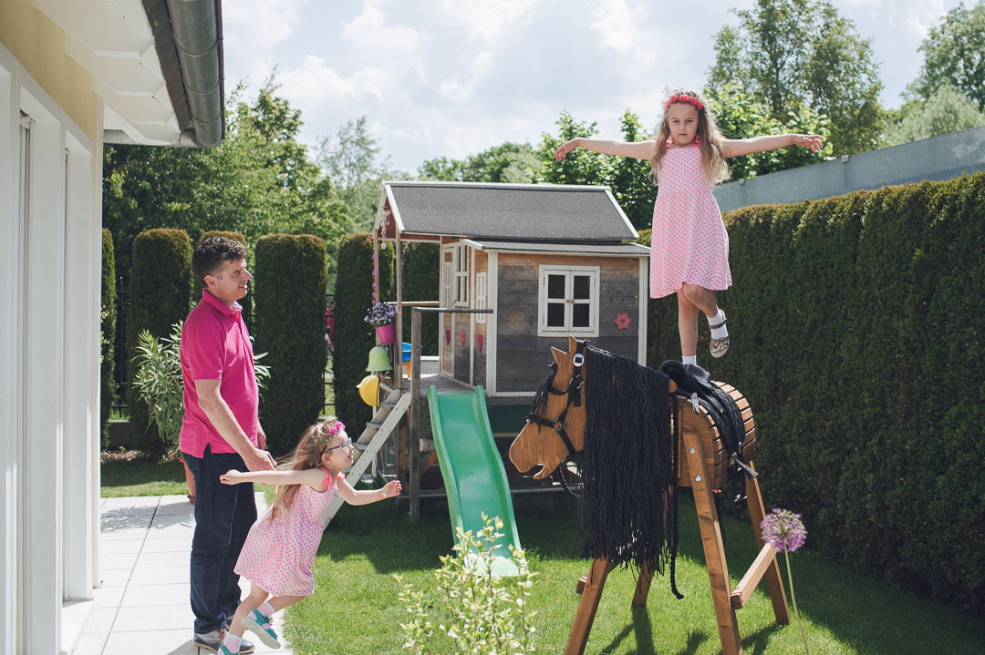 Voltigier Pferd im Garten zum Üben